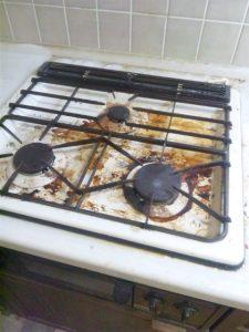 キッチンまわりクリーニング Before