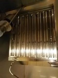 飲食店 厨房 換気扇レンジフードクリーニング 広島市